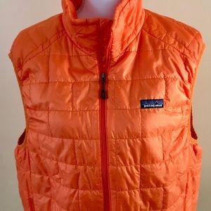 Patagonia orange Primaloft Nanopuff vest size L